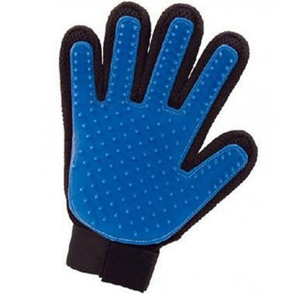 Массажная перчатка для снятия шерсти с животных