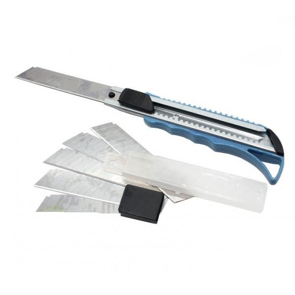 Нож канцелярский, строительный с запасными лезвиями, 18 мм